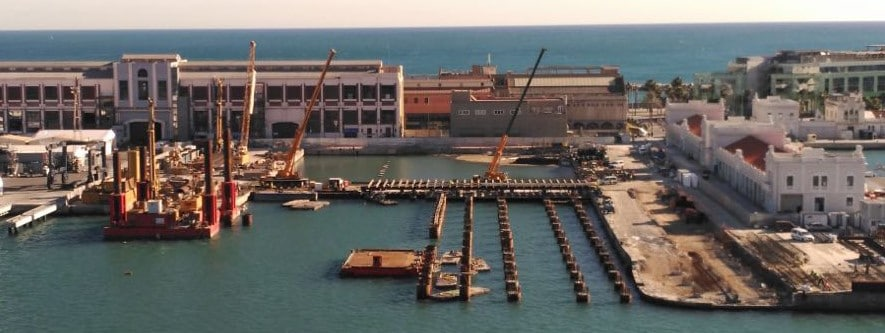 Pilotes sumergidos, marina 92, Puerto de Barcelona, Obra martítima, enginyeria marítima, ingenieria marítima, shiplift